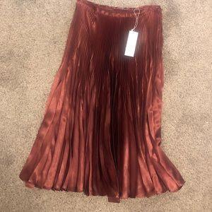 NWT Vince Pleated Midi Skirt